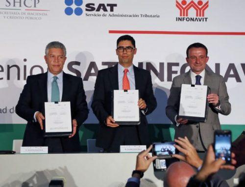 """El SAT y el Infonavit firman dos convenios de colaboración en materia de intercambio de información y """"e.firma"""""""